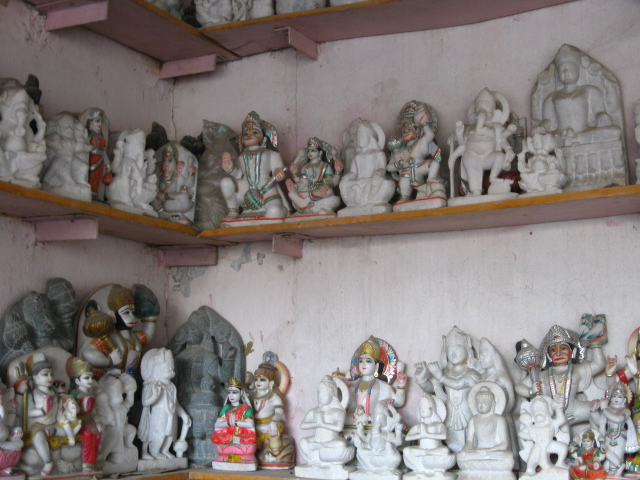 antiques murti statue make by marbl