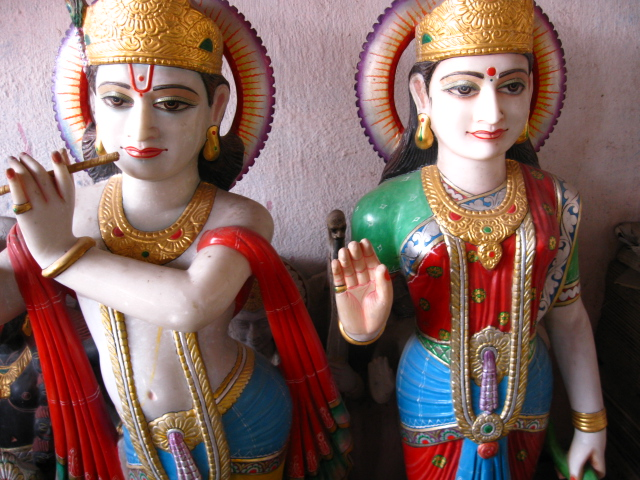 radhekrishna murti made by marble