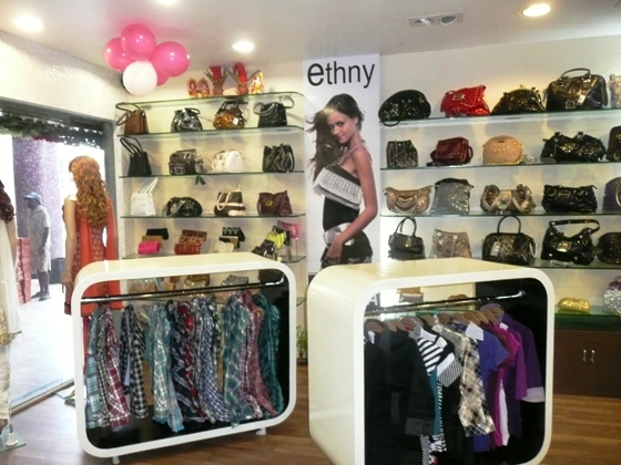 LADIES PURSE SHOP MAIN ROAD RANCHI