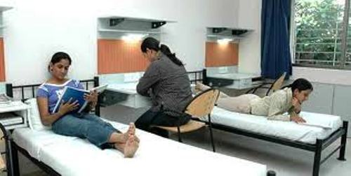 GIRLS HOSTEL WITH BEST QUALITY FOODS IN PATNA