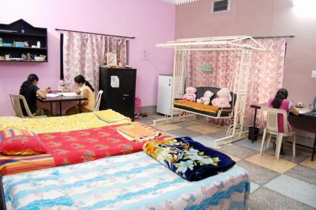 GIRLS HOSTEL IN RANCHI, CHANDRANI GIRL'S HOSTEL