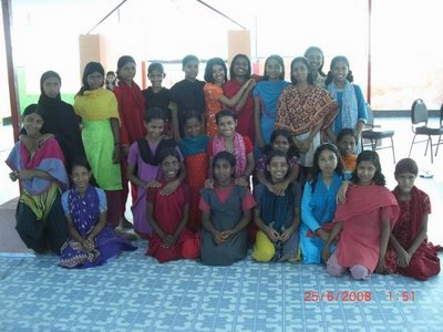 GIRLS HOSTEL IN RANCHI BURDWAN COMPOUND