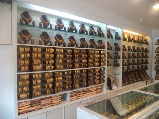 ANTIQUE JEWELLERY SHOP IN  PATNA