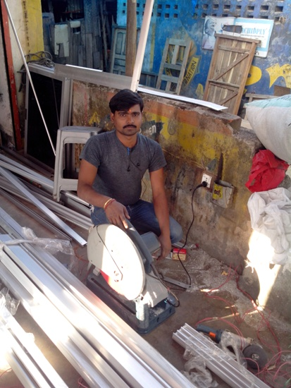 ALUMINIUM SHOP IN HINOO RANCHI