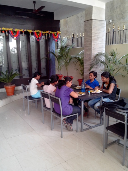 girls hostel with lodging fooding in ranchi