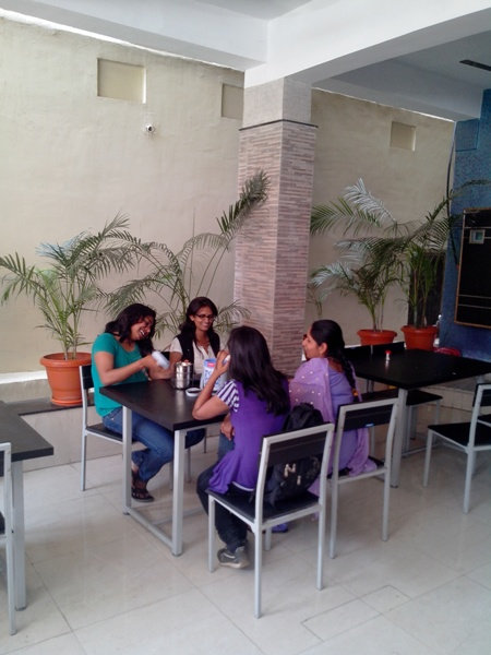 girls hostel with mess in ranchi