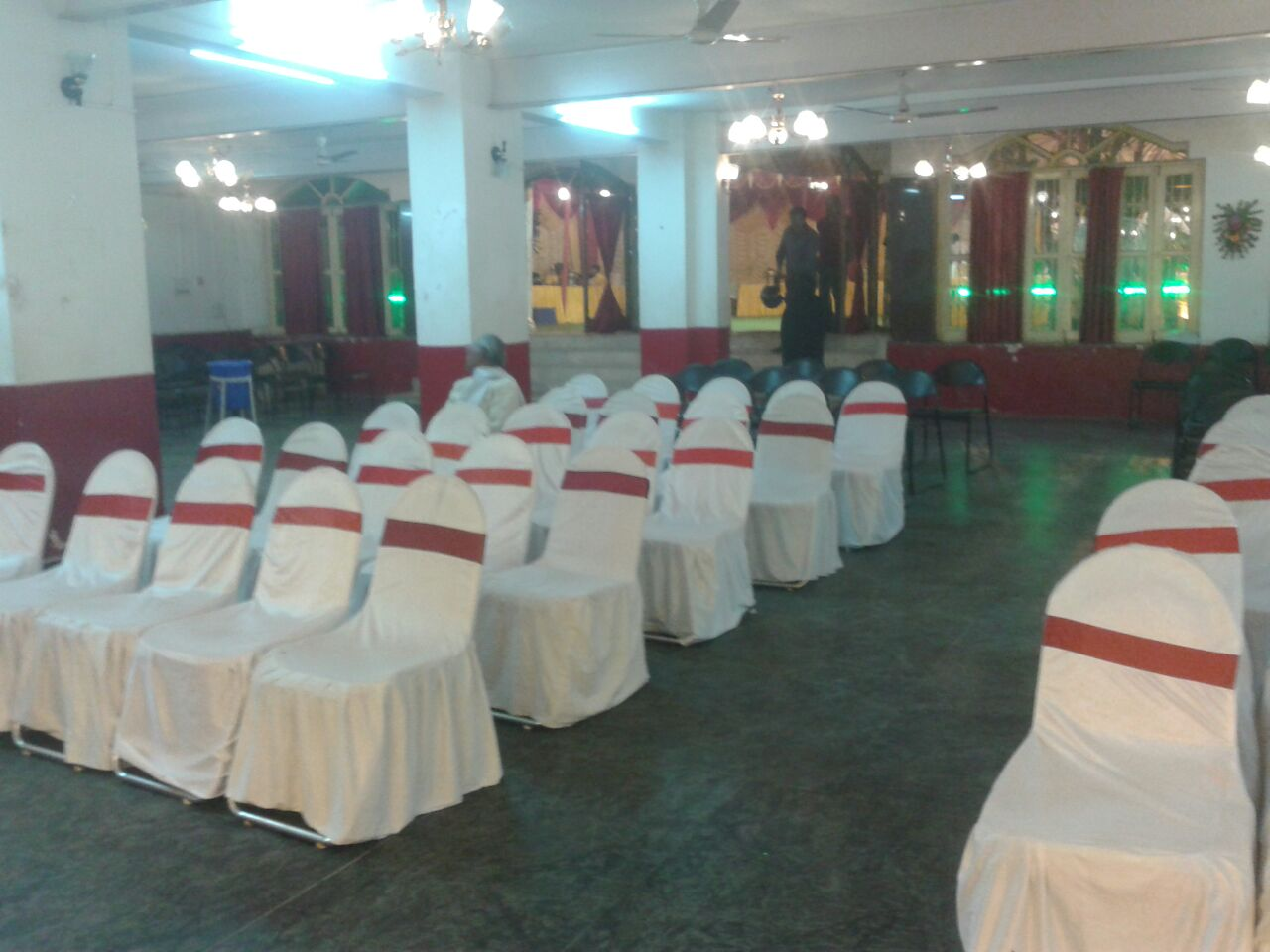WELL FURNISHED BANQUET HALL IN PATNA