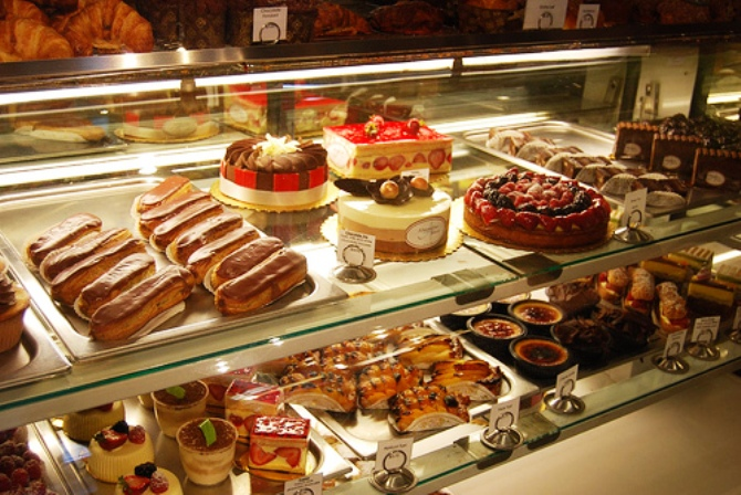 CONFECTIONERY & BAKERY SHOP IN RANCHI