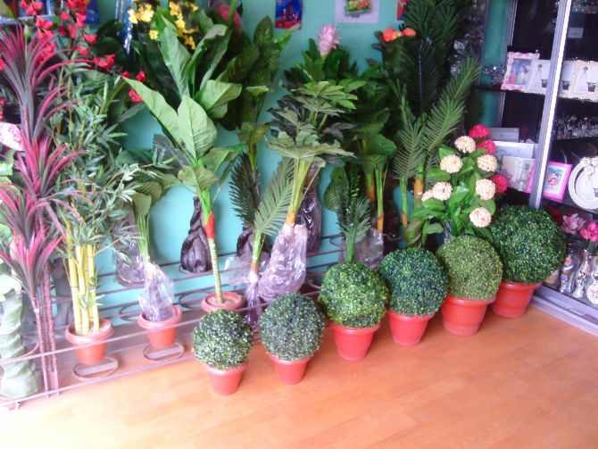 FAMOUS ARTIFICIAL FLOWER SHOWROOM IN JHARKHAND