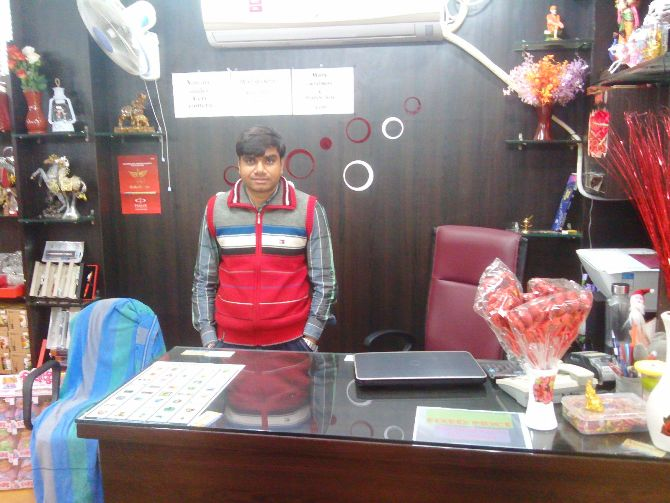 CRYSTAL ITEM SHOP IN RANCHI