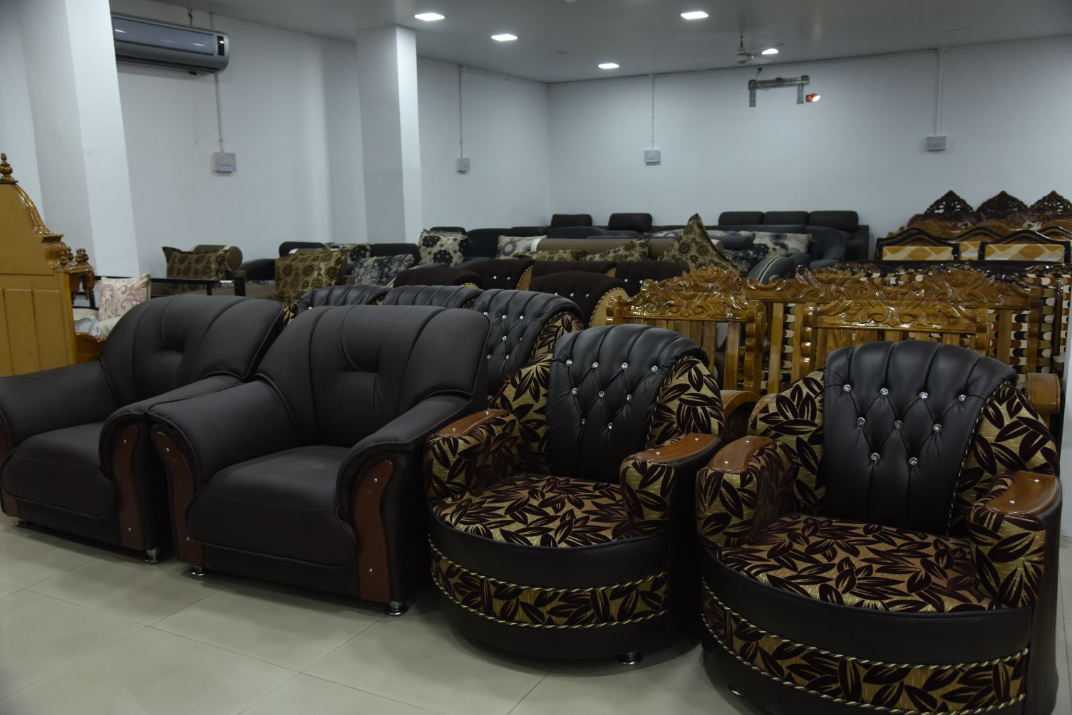 TOP FURNITURE SHOWROOM IN RAMGARH