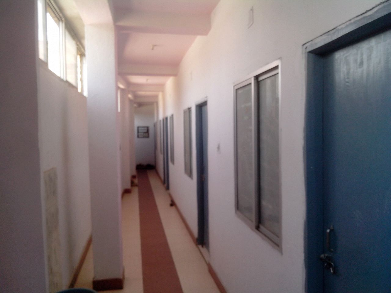 GIRLS HOSTEL WITH LODGING & FOODING IN LALPUR CIRCULAR