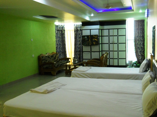 NO.1 HOTEL IN HAZARIBAGH