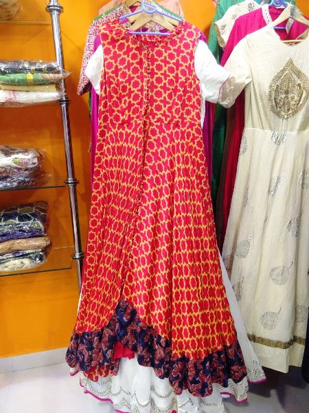 FAMOUS BOUTIQUE IN HAZARIBAGH