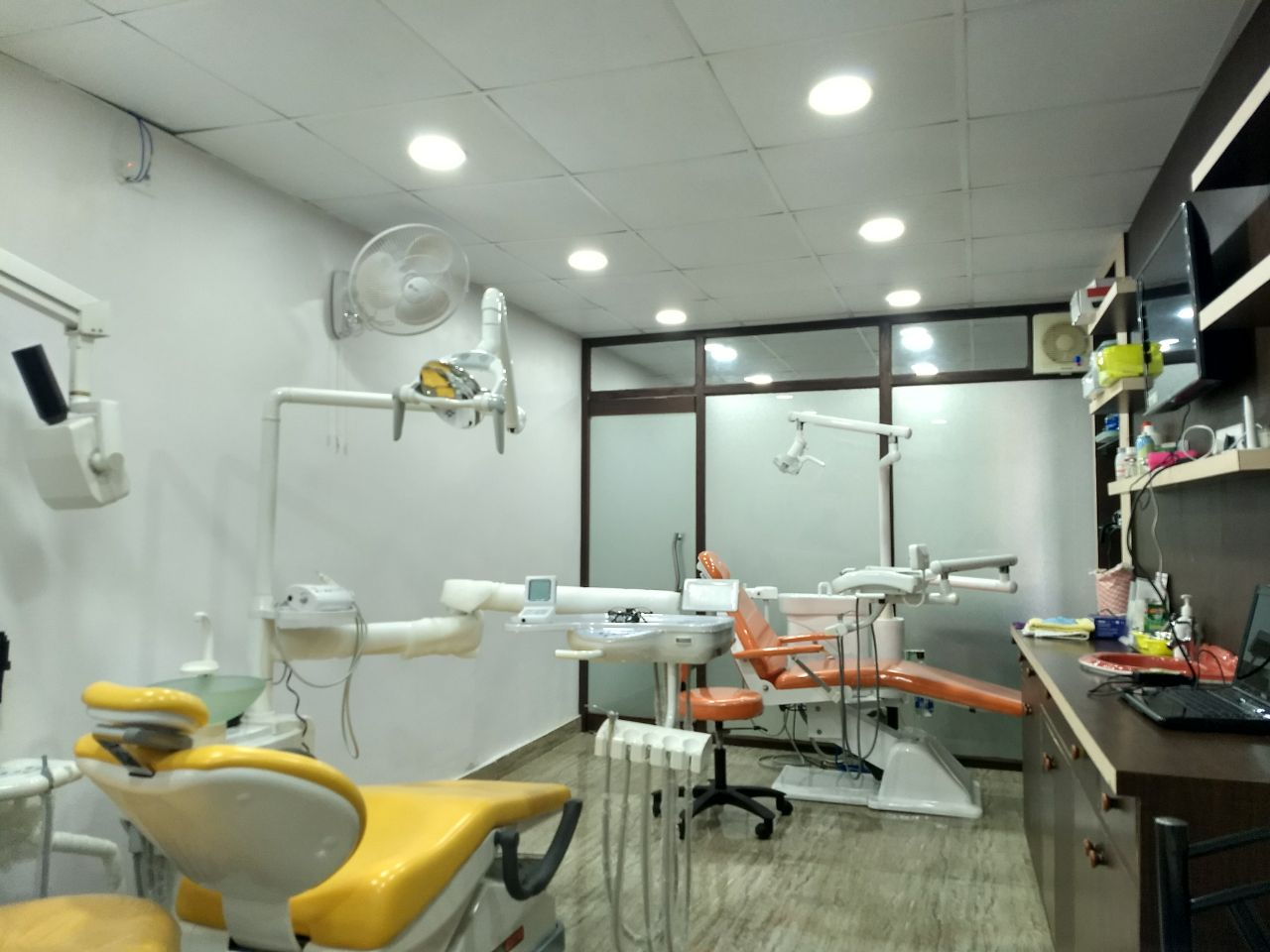VYAS ORAL CARE IN HATIA