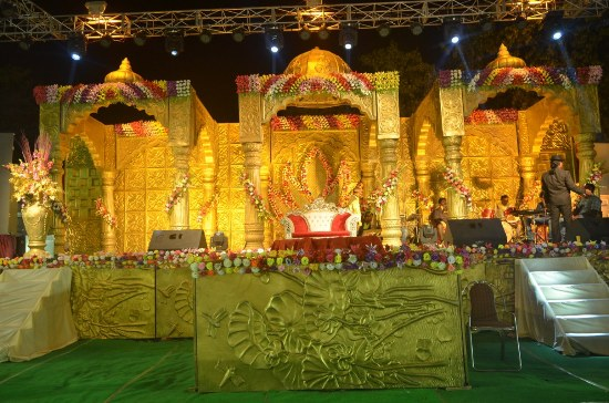 STAGE DECORATOR IN BODHGAYA