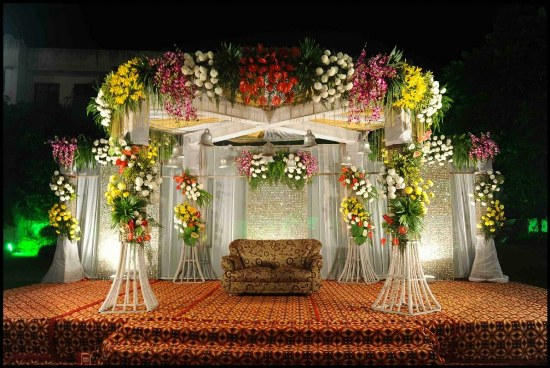 STAGE FLOWER DECORATOR IN  BODHGAYA